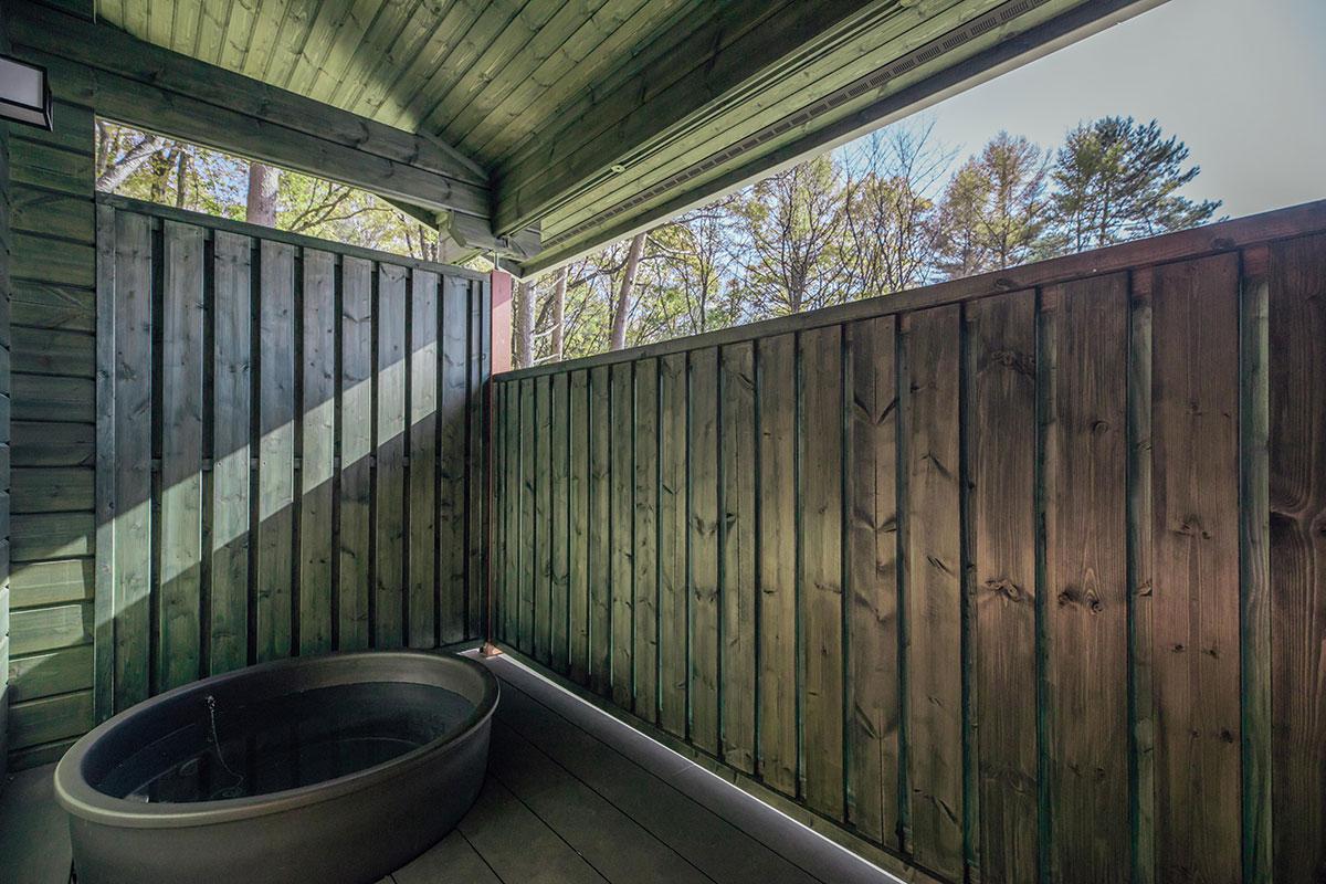 プレミアムログ:個室露天風呂