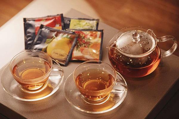 紅茶をご用意